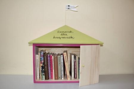 Domeczek dla książeczek