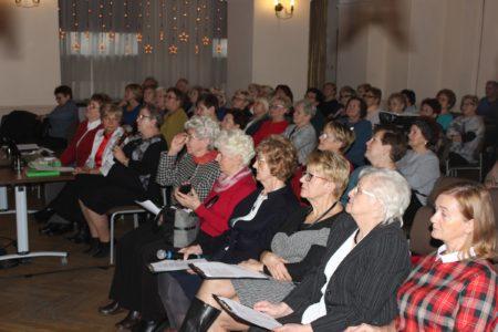 Spotkanie świąteczne słuchaczy Wieluńskiego Uniwersytetu Trzeciego Wieku