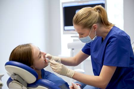 Zapraszamy nabezpłatny przegląd jamy ustnej!